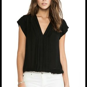 "Joie ""Marcher"" Pleated Silk Top in Black Sz M"